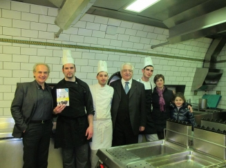 lo Staff dell'Antica Trattoria  Sorrento
