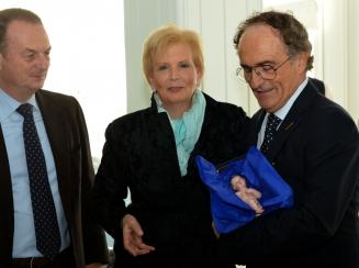Sindaco di Sorrento Giuseppe Cuomo Maria Teresa De Angelis e il giornalista Anotnino Siniscalchi