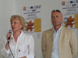 Assessore-Maria-Teresa-De-Angelis-Preside-Mario-Iacomino